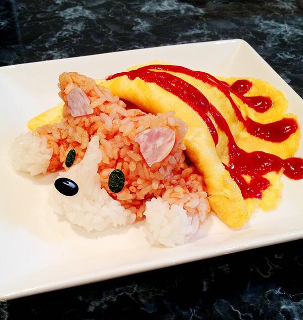 今日の夕飯はコーギーオムライスです。#corgi #dog #コーギー pic.twitter.com/ximMKBiLTd