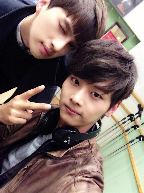 "빅스(VIXX) Daily on Twitter: ""[SELCA] 140213 #VIXX N & KEN ..."