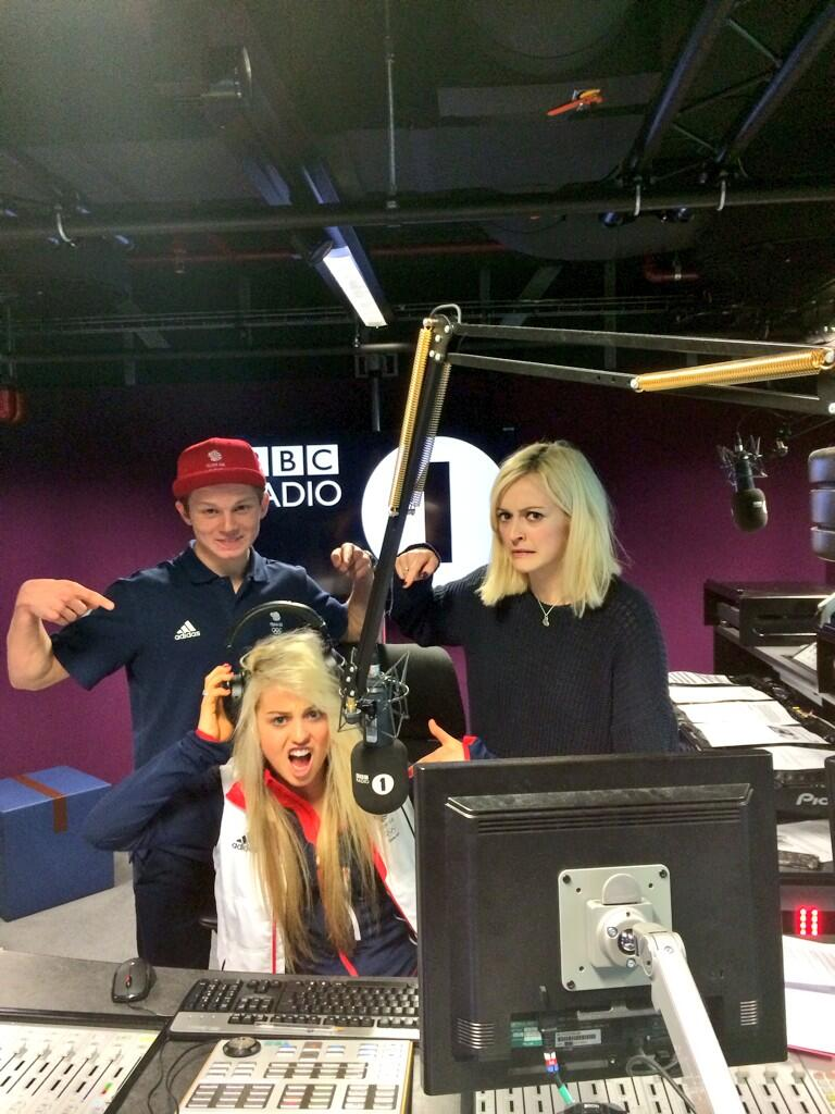 RT @aimee_fuller: Getting our DJ own with @Fearnecotton from @BBCR1@jamienichollsuk Let the photo contest continue! @BBCSport #sochi! http:…