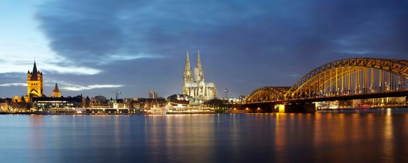 Vote for #Cologne as the most social destination on http://t.co/tE3AUna6av. #Köln #SDAwards #travel http://t.co/xq8GEZPbBW