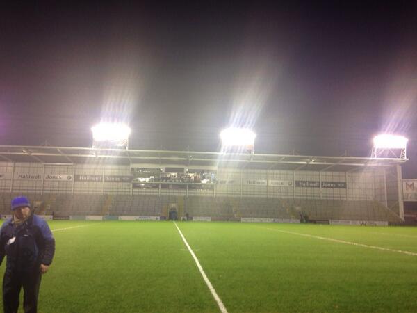 @wolvesrl have arrived at Warrington stadium this stadium is amazing http://t.co/6Gz3zJPYz6