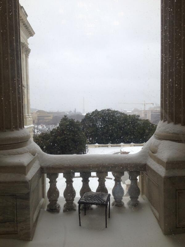 Welcoming MN weather to DC - my office is open in the midst of the big snow storm. http://t.co/db2dJDWzpk