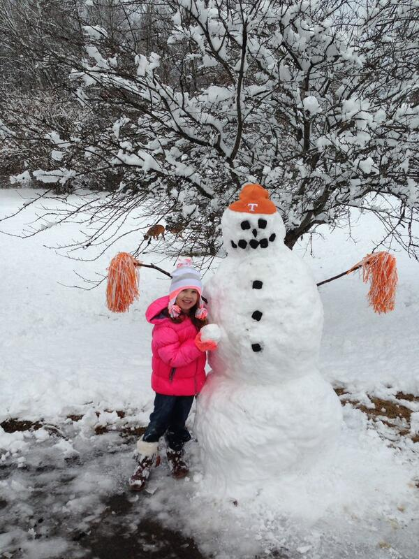 @Vol_Football showing our Volunteer Spirit on this snow day! http://t.co/WOEPcjbCe2