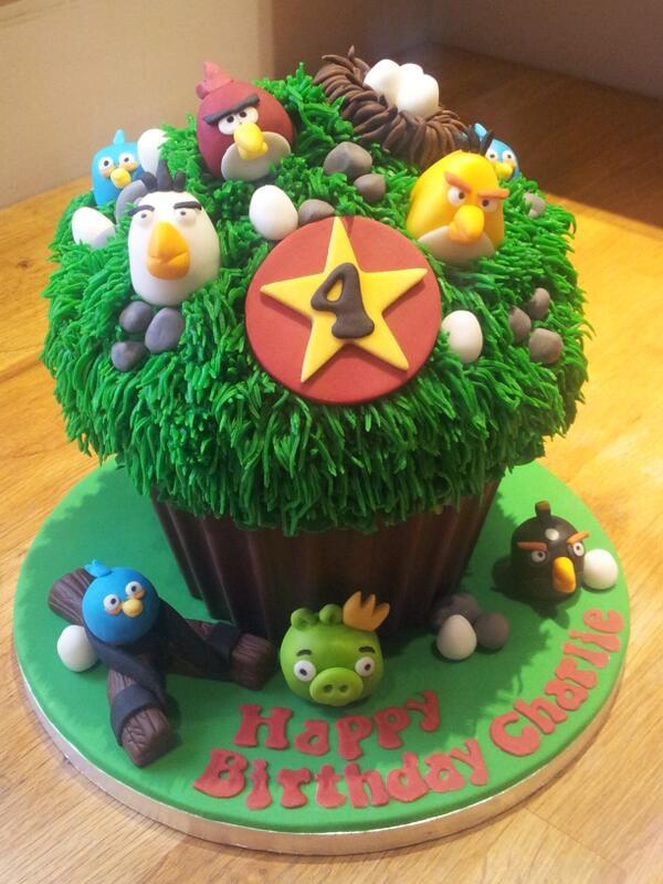 Giant #cupcake #angrybirds