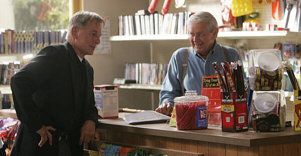 """#NCIS family is deeply saddened by the passing of their beloved """"Papa Gibbs,"""" Ralph Waite.  http://t.co/2miTxZ3nmf http://t.co/j0zoKpN5gJ"""