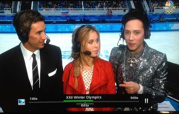 """選手よりすごいw """"@matoyu: ジョニ子さすが  RT @yumibien: 今、アメリカ・NBCで解説しているジョニー・ウィアの衣装がすごい! http://t.co/tgeHjabKLK"""""""