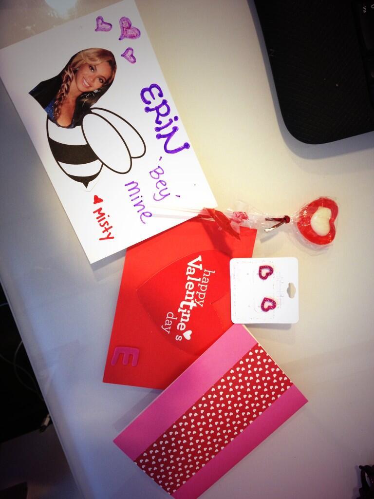 My coworkers are the best!! Love u both so much!! @MistyKingma @VivianFabiolaV http://t.co/xOwGjNJH1n