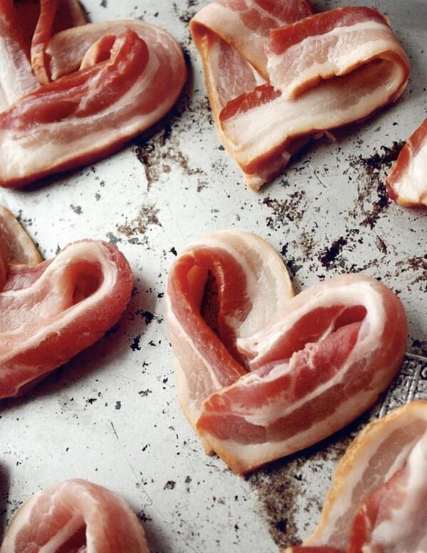 Happy Valentine's Day. http://t.co/Xfz6H7tiX3