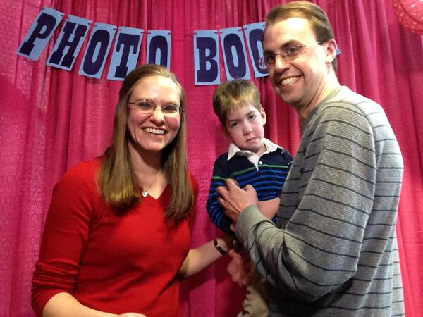 Paul & Becky Lee with son, Jack, raised $2K during their on-air interview with Keith Kennedy at #wkddradiothon. http://t.co/vsBZGXyubn