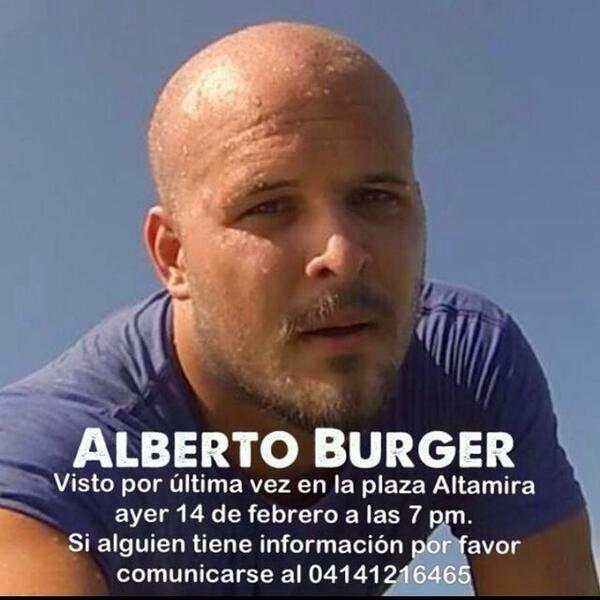 Uno del equipo de Brother está desaparecido, creemos que detenido. Sí alguien sabe algo Porfa avisar http://t.co/E9WaBfPfRq