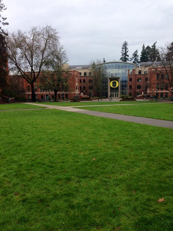 The memorial quad is my favorite scenic spot on @Univ_Of_Oregon campus. I can't wait until spring! #J408ssm #JRLWeb http://t.co/HevcQDq9XH