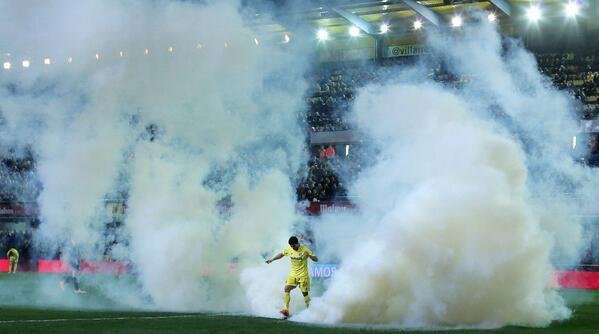 Villarreal v Celta Vigo halted on 88 minutes after tear gas canister thrown on to pitch