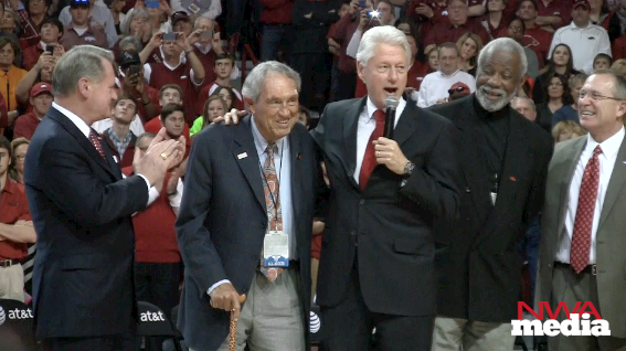 Bill Clinton stands with former Arkansas coaches Eddie Sutton and Nolan Richardson during Saturday's ceremony. http://t.co/25uPfp5VH2