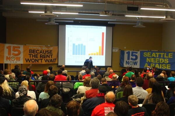 Great day of teaching, sharing and mobilizing w/ @FifteenNow  @seiu775 #uw #seattletransitunion+ #15now http://t.co/tyasuFbupT