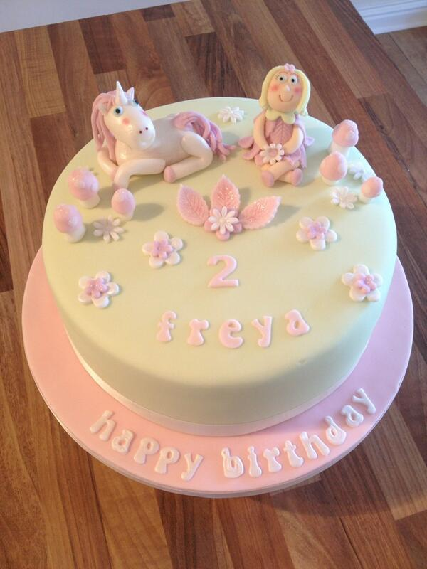 Sensational Amy Auty Cakes On Twitter A Magical Pretty Cake For A Beautiful Personalised Birthday Cards Arneslily Jamesorg