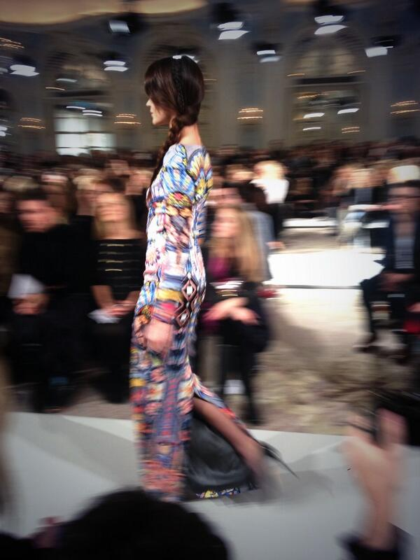 Fresh off the runway, beautiful print #lfw #temperley http://t.co/Q2o6RLxxLW