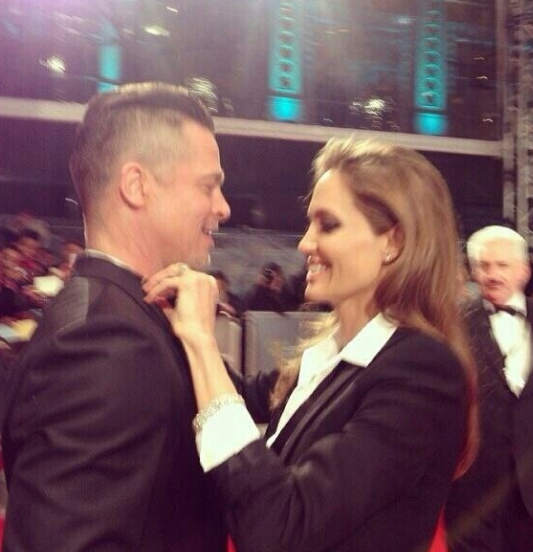 Properly love this picture  #BAFTAs http://t.co/WhUJEJEzMl