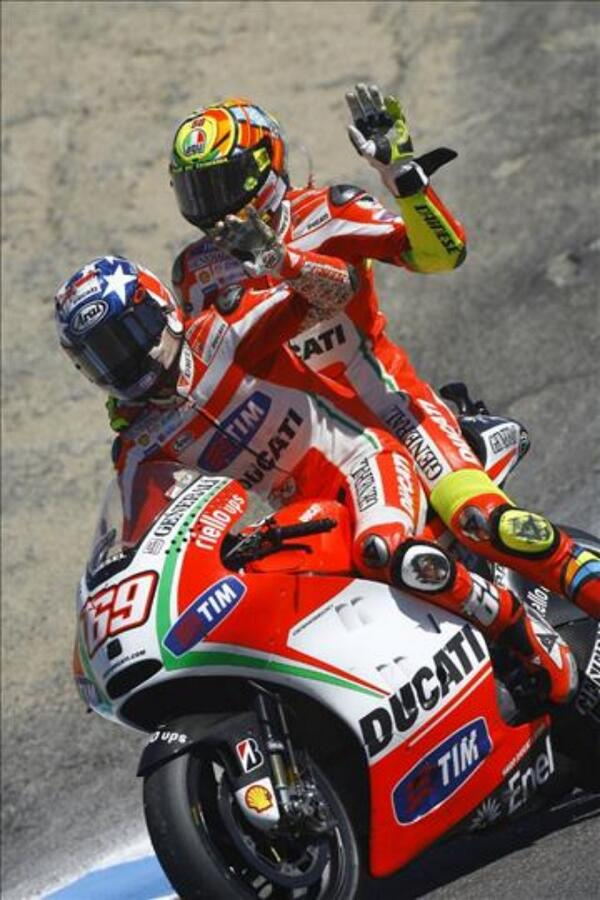 Happy birthday @ValeYellow46 if you have big night and need a ride home let me know I got you!