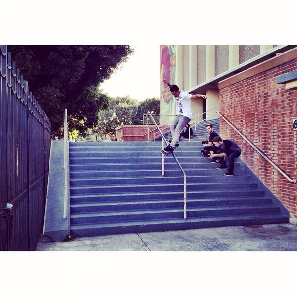 LA got a lil more steezy, @steezortiz psyched your out here bud! - #ONEFELIX 2014 #SkateLLIFE #HollywoodHigh #FAMMO http://t.co/gof0mXpKRQ
