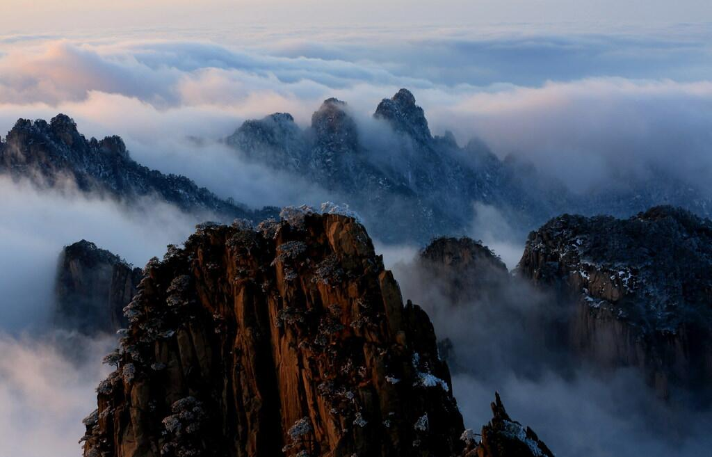 Winter in Huangshan.