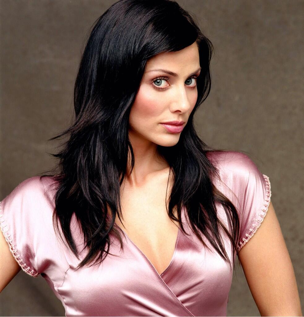 FAF lady of the day Natalie Imbruglia. I wish she'd come on juice. Or my juice come on her http://t.co/ZKEktN69b2