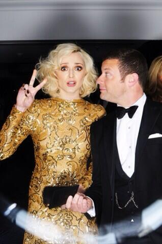 RT @WilliamVintage: LOVE this photo of @Fearnecotton in her @williamvintage 1980 Scaasi dress with @radioleary at the #BAFTA after-party! h…
