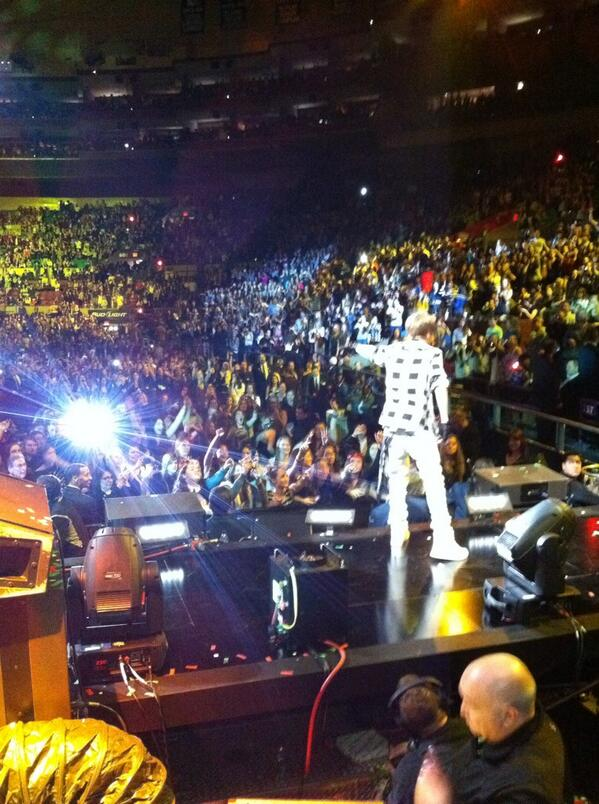 This is from the first tour, doing a radio show at MSG. Note @TomEMarz in the bottom. http://t.co/2R2LvtUDrM