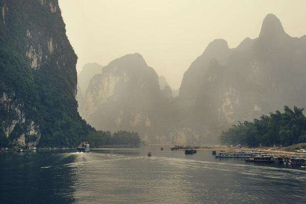 Don't you feel like going?   Photo from http://t.co/oRxbwlFrqW from his trip to China!  http://t.co/VDs5LjJojw http://t.co/9wfk7LDHul