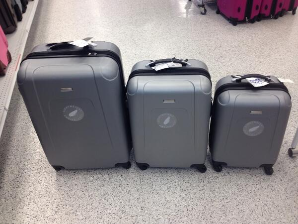 I searched for ross luggage on admin-gh.ga and wow did I strike gold. I love it.