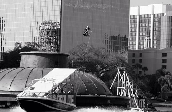 Can you believe this was over 7 years ago, @JDWebb87 boosting himself over the Eola Fountain, Crazy! Time Flys... http://t.co/7nrQqxbVJF