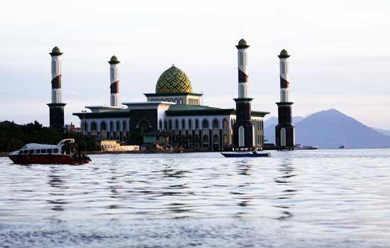 Masjid Al Munawwaroh