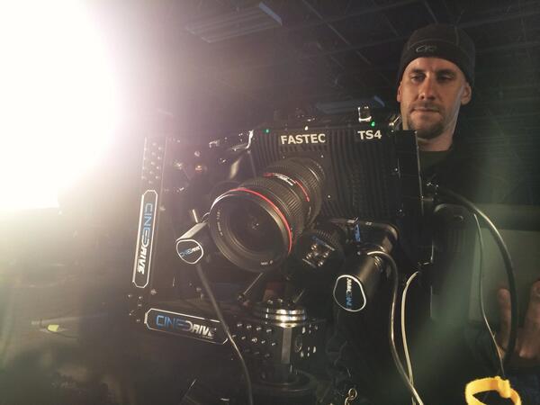High Speed @KesslerCrane CineDrive @Fastec TS4 MoCo  W/ @tomguilmette @jonconnorfilms http://t.co/kN7ocPrBEA