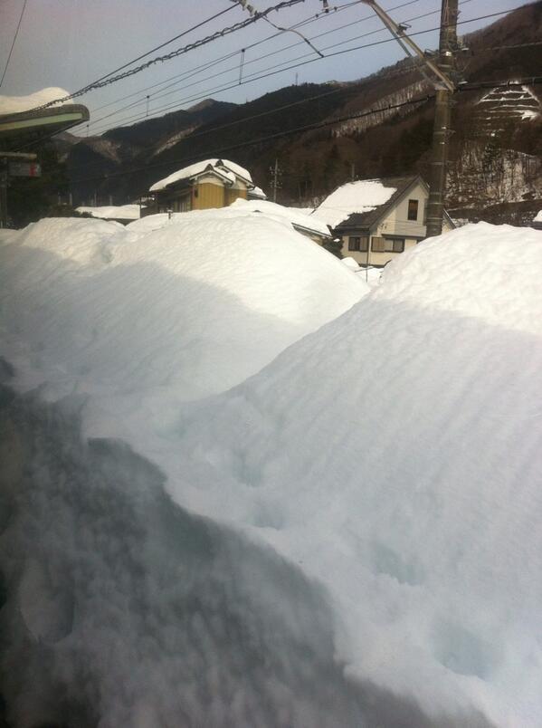 笹子駅は、積雪の為、現在乗降はできません。通過。 pic.twitter.com/uOSl3EmalH