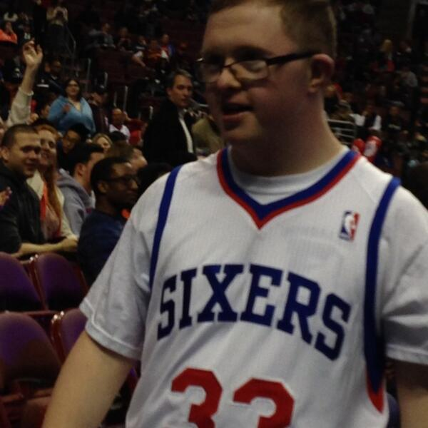 Sixers newest PG #theincrediblepowerofsports http://t.co/n0OBBgkeiM