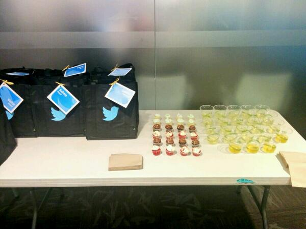 New hire cupcakes and pee samples http://t.co/Je7gX6pAJk