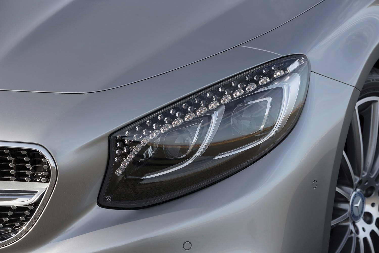 mercedes benz on twitter bbc topgear yes swarovski crystal headlights really http t co fz4th98nrp bbc topgear yes swarovski crystal