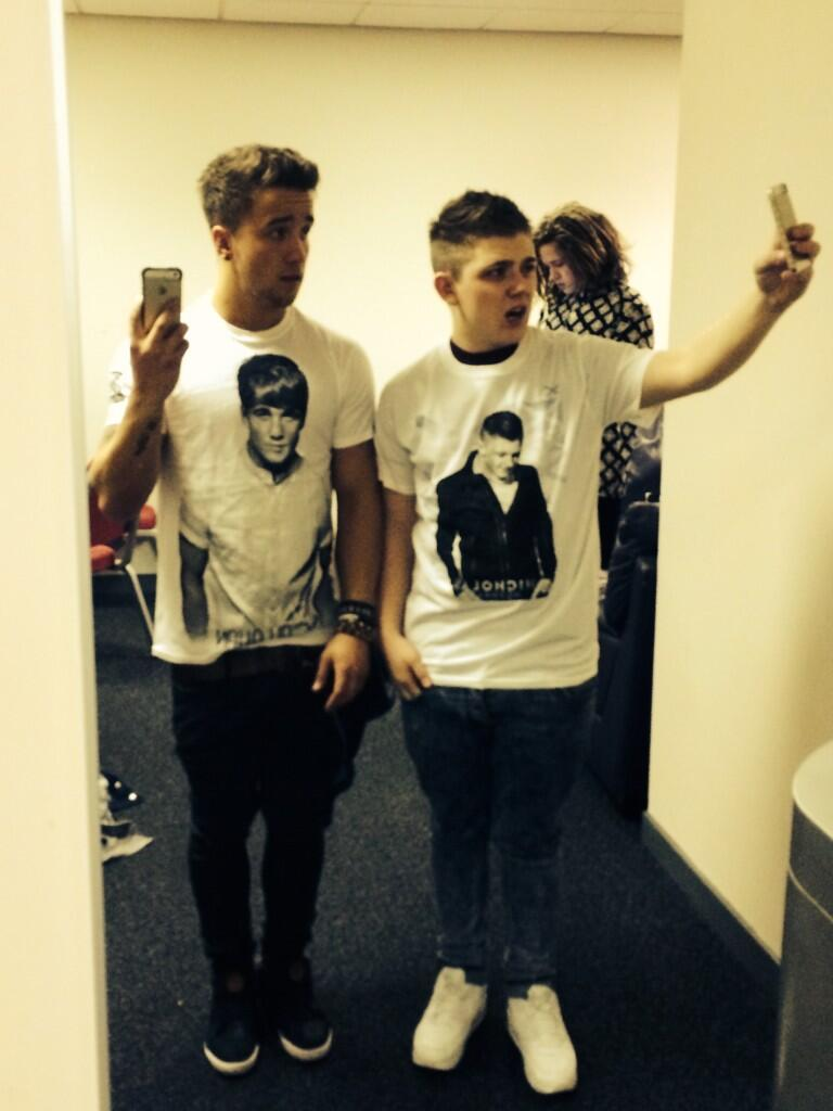 RT @samcallahan94: Standard TShirts lol.. @nickymcdonald1 I think we should swap! lol x http://t.co/nx7Tdlxe2E