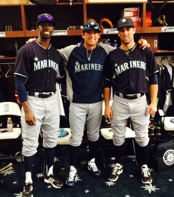 timeless design 2597c 34502 Seattle Mariners on Twitter: