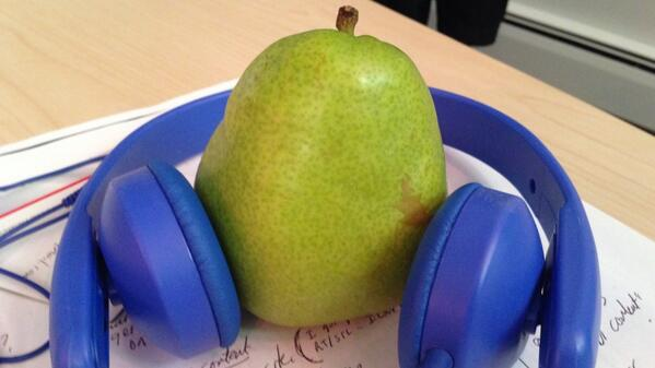 Thumbnail for What does a pear listen to?