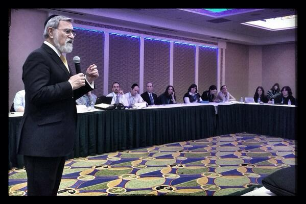 A good leader creates followers, but a great leader creates LEADERS. @rabbisacks #yulead #ijed14 http://t.co/zdTWTgURGc