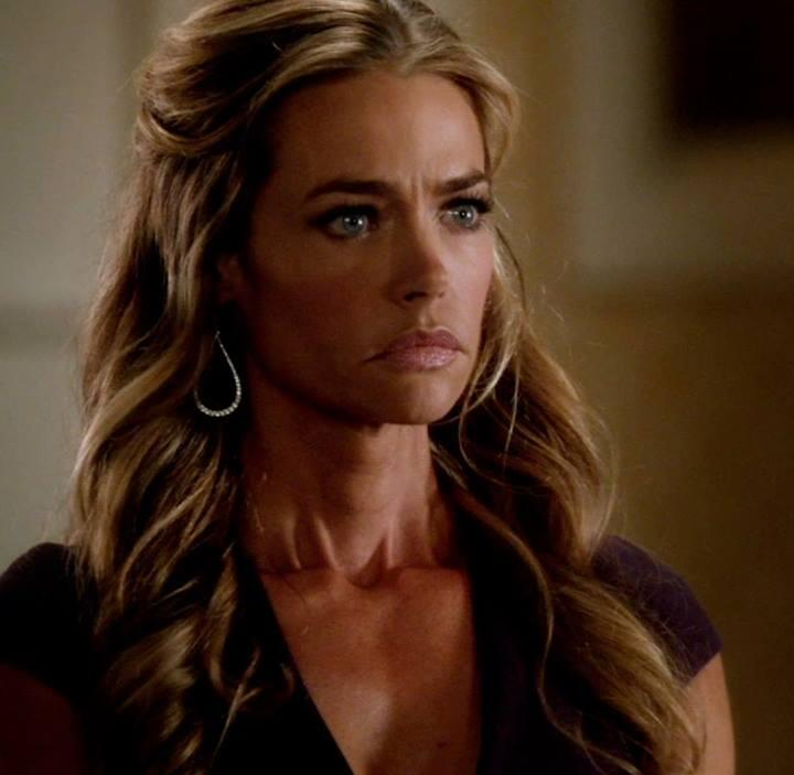 RT @TwistedABCF: Follow @DENISE_RICHARDS! She'll be live tweeting tomorrow's all new #Twisted! #TwistedChat http://t.co/RHbQg9yVCq