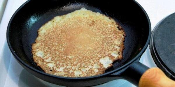 """I believe I can fry"" #FoodSongs #HappyPancakeDay http://t.co/GesUiPyDEc"