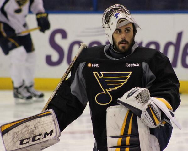 Ryan Miller on the ice at Scottrade Center for the morning skate. #stlblues http://t.co/cbaXq51s4w