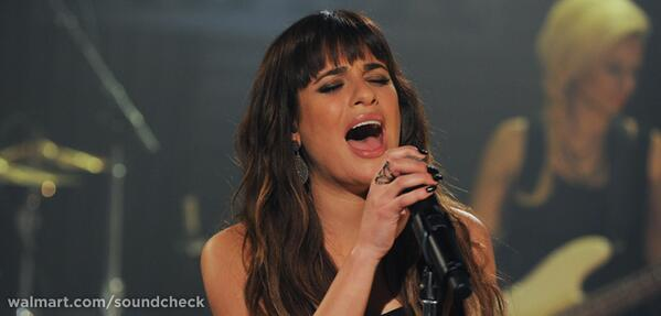 Watch @msleamichele's exclusive performance brought to you by @TMobile & buy #Louder today! http://t.co/SLPB2XEvNJ http://t.co/mftSPCBHqD