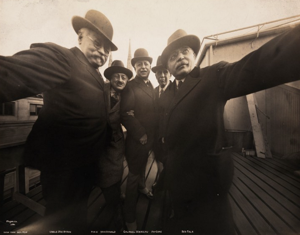 selfies are not a new thing. this one is 94 years old (ca 1920). http://t.co/i1K4zRTEi3 http://t.co/BkiMJ1BtsJ