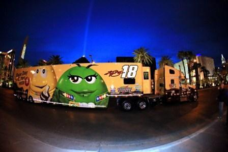 It's #Vegas, baby! #NASCAR haulers roll down The Strip tomorrow at 6 p.m. Don't miss it! http://t.co/Cbbxz0G6dx http://t.co/KoUHocnDgg