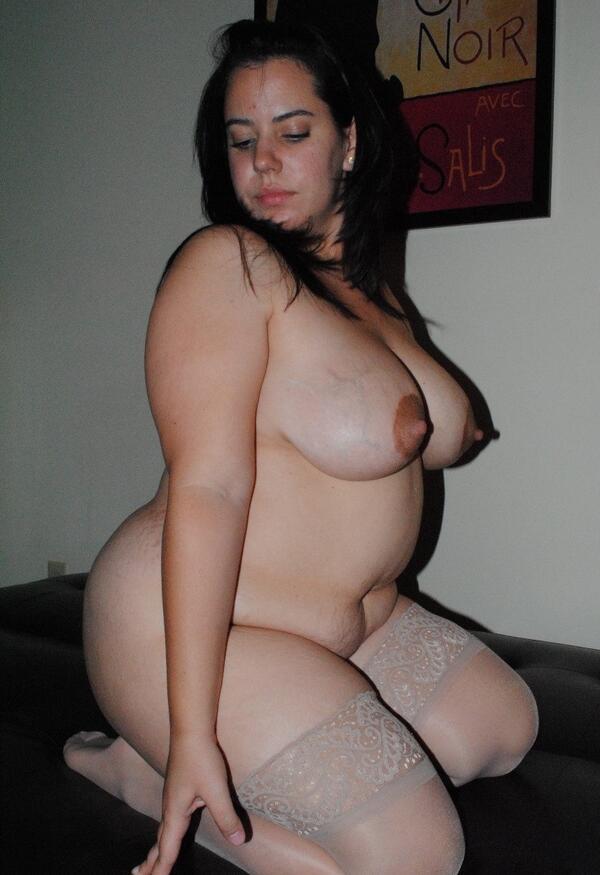 Chunky girl pics, self camera pussy
