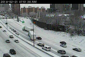 Here's the clown show on WB94 at Cedar. Nobody is getting by this mess. http://t.co/1MqnN3hPr2