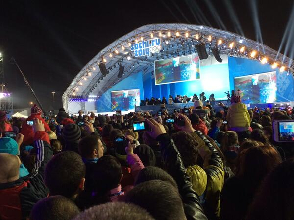 Much joy & patriotism for all athletes, celebrated in peace in Sochi 2014. http://t.co/OdhwffbmYi
