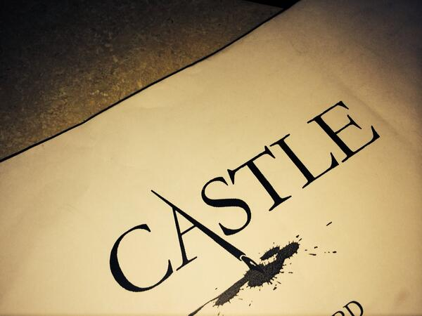 Shooting Castle this week . So nice to be on a set w/ not only a diverse cast but crew also. http://t.co/C4Tp7iN8GK